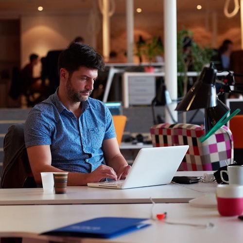 AH-office-365-management-laptop-user