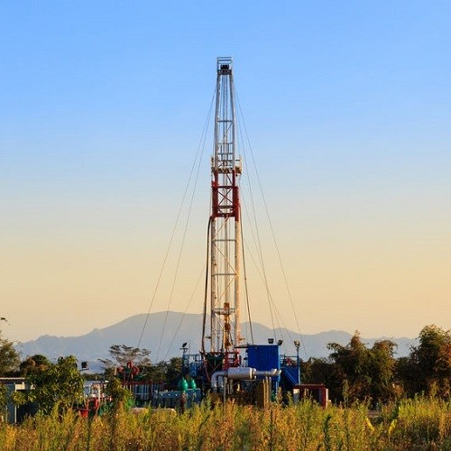 AH-oil-and-gas-it-service-tower